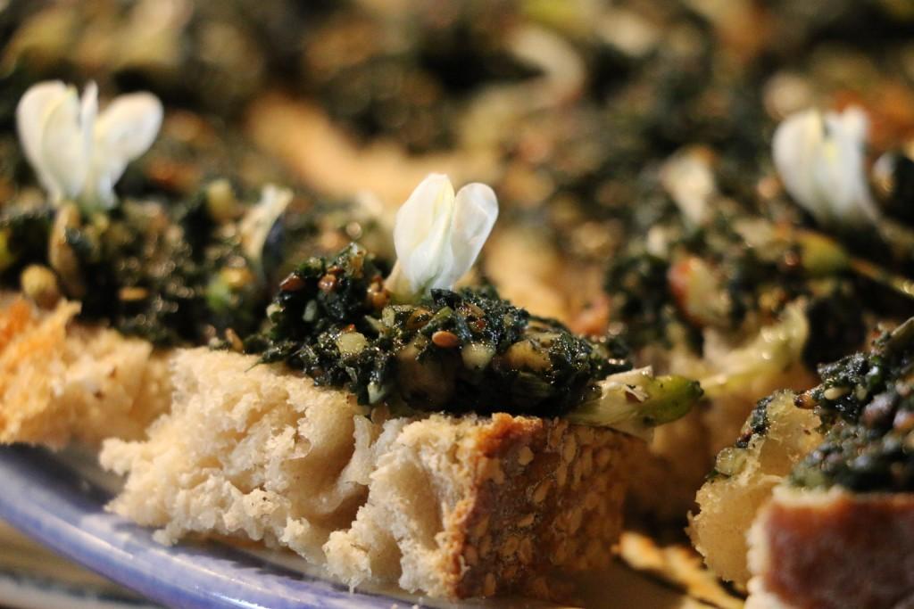 Apéro gourmand 20015 Pesto de plantes sauvages des vignes